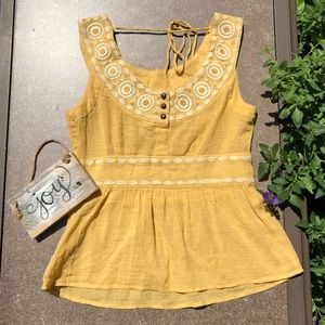 🎈NEW LISTING! Anthropologie Floreat Top